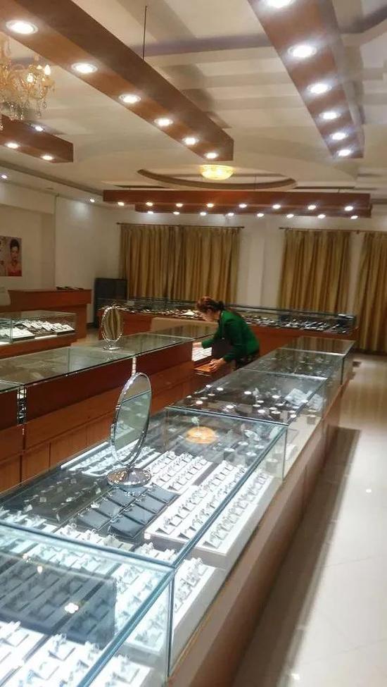 越南某购物店的场景